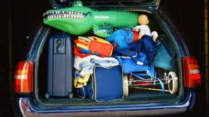 cesta na dovolenku v aute balenie
