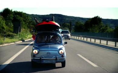 Cesta na dovolenku v aute cestujeme