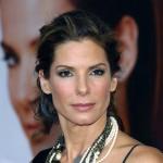 Okuliare na hranatú tvár: inšpiráciou pre muža môže byť Sandra Bulloock