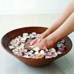 Ochladiť sa dá aj vložením nôh do nádoby s vodou