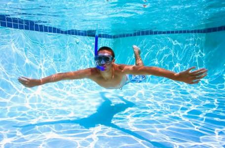 Ako na čistú vodu v bazéne?
