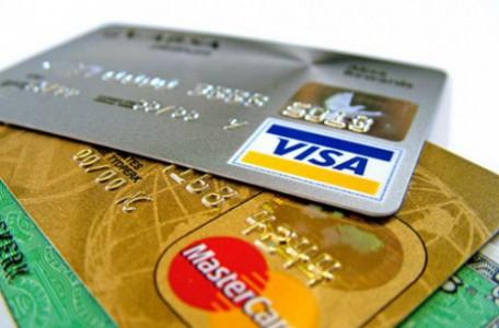 Platba kartou na dovolenke používajte VISA aj MasterCard