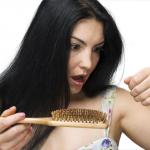 Ako sa starať o vlasy v jesennom počasí