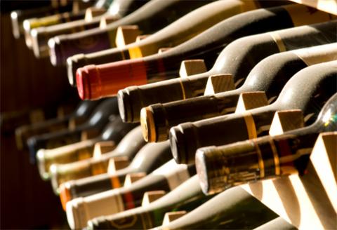 ako skladovať víno a akú teplotu by malo mať?