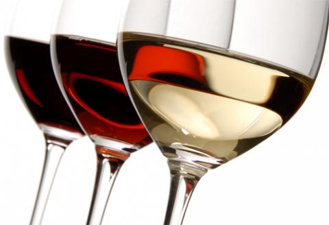 aké víno podávať s?