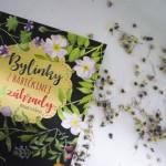 Stovky tipov na prácu s bylinkami v jednej knihe